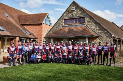 swindon wheelers cycling club riding through countryside